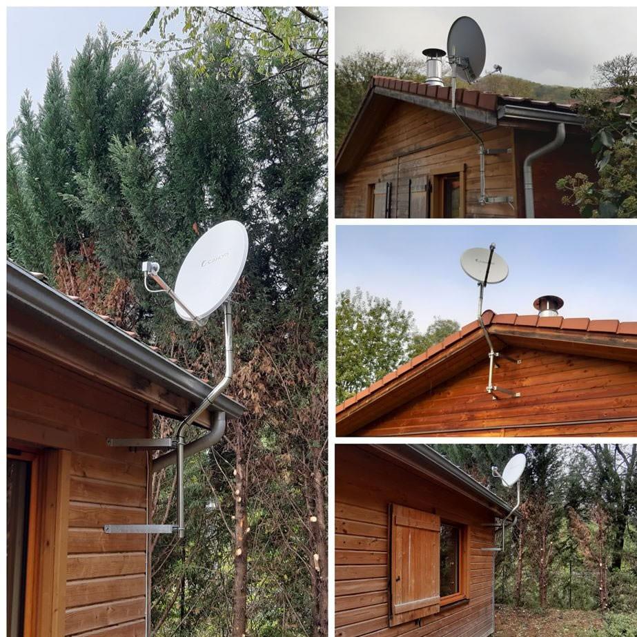 Equipement de 12 chalets en réception satellite. 09400 Mercus